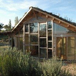 Autoconstruction d 39 une maison cologique fr quence terre for Maison en autoconstruction